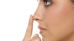 Comment trouver le nez parfait pour votre visage